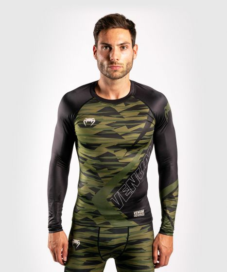 Venum Contender 5.0 Rashguard - Long sleeves - Khaki camo